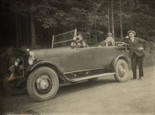 44 voiture 3.jpg