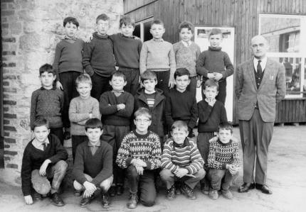 wellin,photo,école,saint,joseph,1960,vieille,institutrice,maternelle,gardienne,blog,sudinfo,sudpresse,la meuse,luxembourg,commune,province,philippe,alexandre