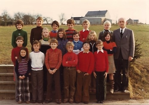 photo école wellin 1974.jpg