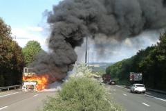 camion en feu.jpg
