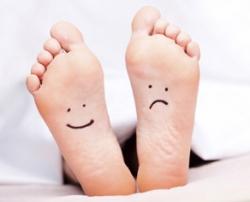 pieds emoticone.jpg
