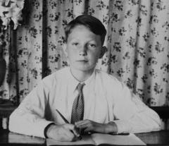 1942 Ecole 1.jpg