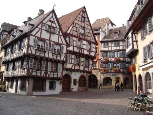 eguisheim-352982_960_720.jpg